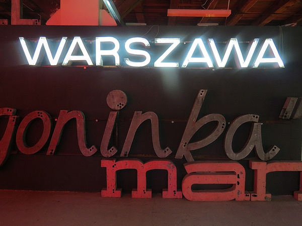 neon warsaw