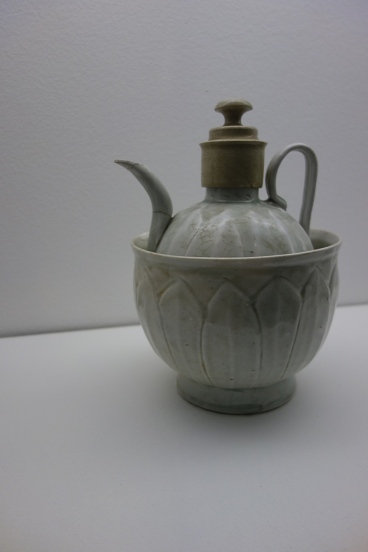 Ewer and bowl for warming wine (southern Song Dynasty)