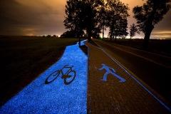 http://www.boredpanda.com/glowing-blue-bike-lane-tpa-instytut-badan-technicznych-poland/